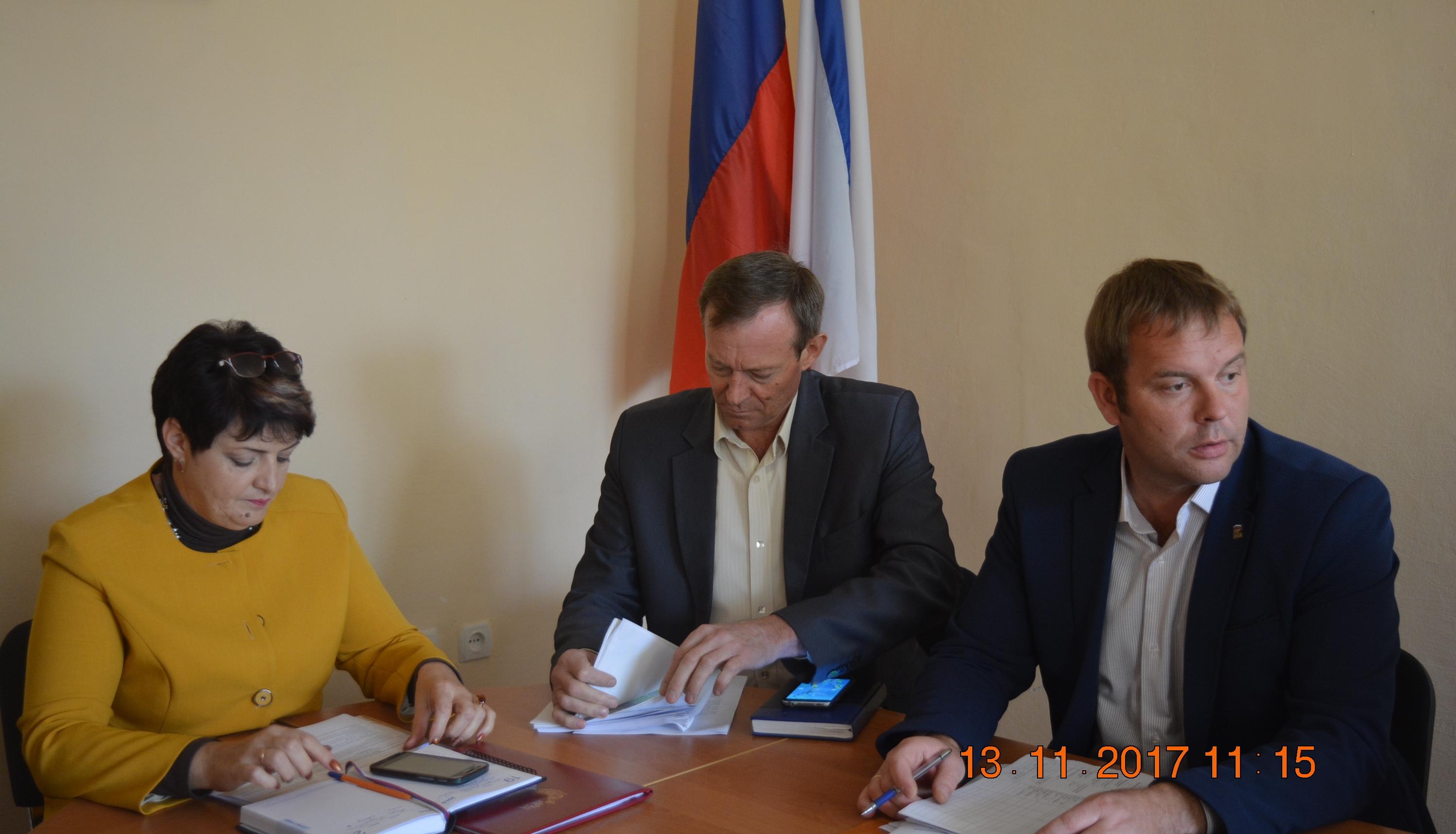 Елена Янчукова провела рабочее совещание по вопросу передачи объектов водоснабжения и водоотведения района в государственную собственность